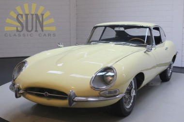 Jaguar E-Type S1 FHC 1967